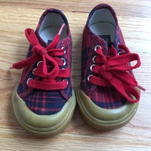 Gap kids red and navy plaid sneakers